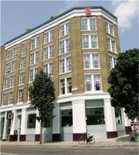 """Здание промышленного склада в Лондоне, построенное в 19 веке в районе Клеркенвелл, модернизировали и превратили в первоклассный современный отель """"Zetter"""""""